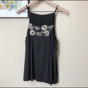 Anthro Deletta Embroidered Pleated Tank Size M